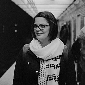 Author headshot of Danielle.