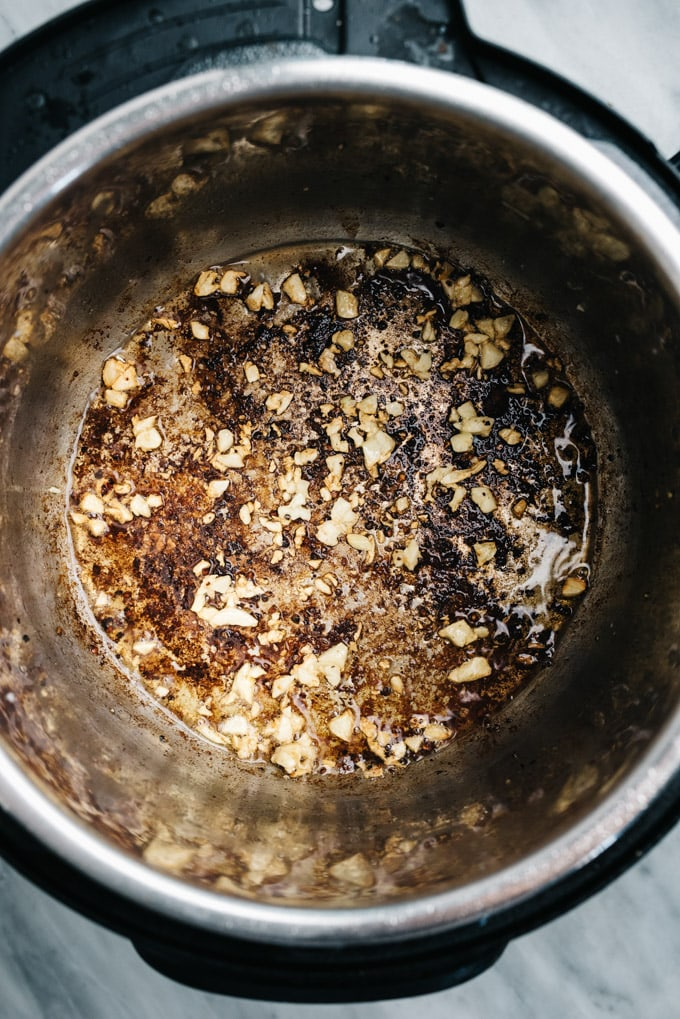 Sautéed garlic in an instant pot.